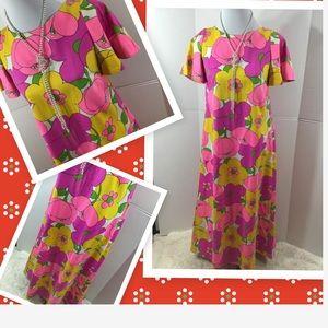 Aikane Hawaii vintage floral maxi dress
